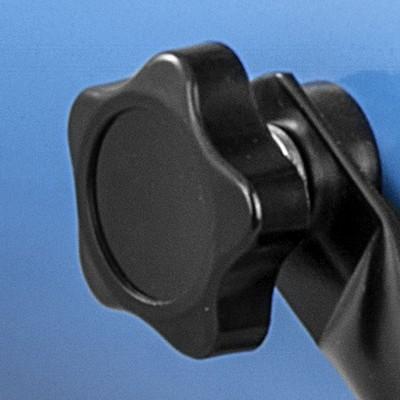 Teplovzdušný ventilátor Gude GEH 3000 – aretačná skrutka na nastavenie vertikálnej polohy