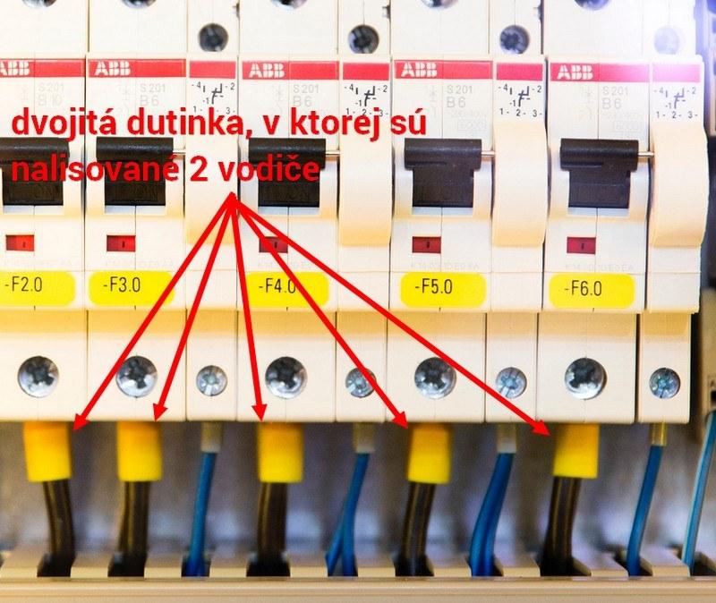 Elektrické ističe prepojené lankovými vodičmi s dvojitými dutinkami